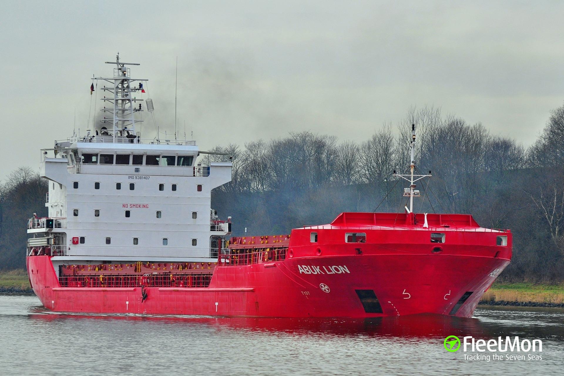 Abuk Lion under tow after engine failure, Celtic Sea