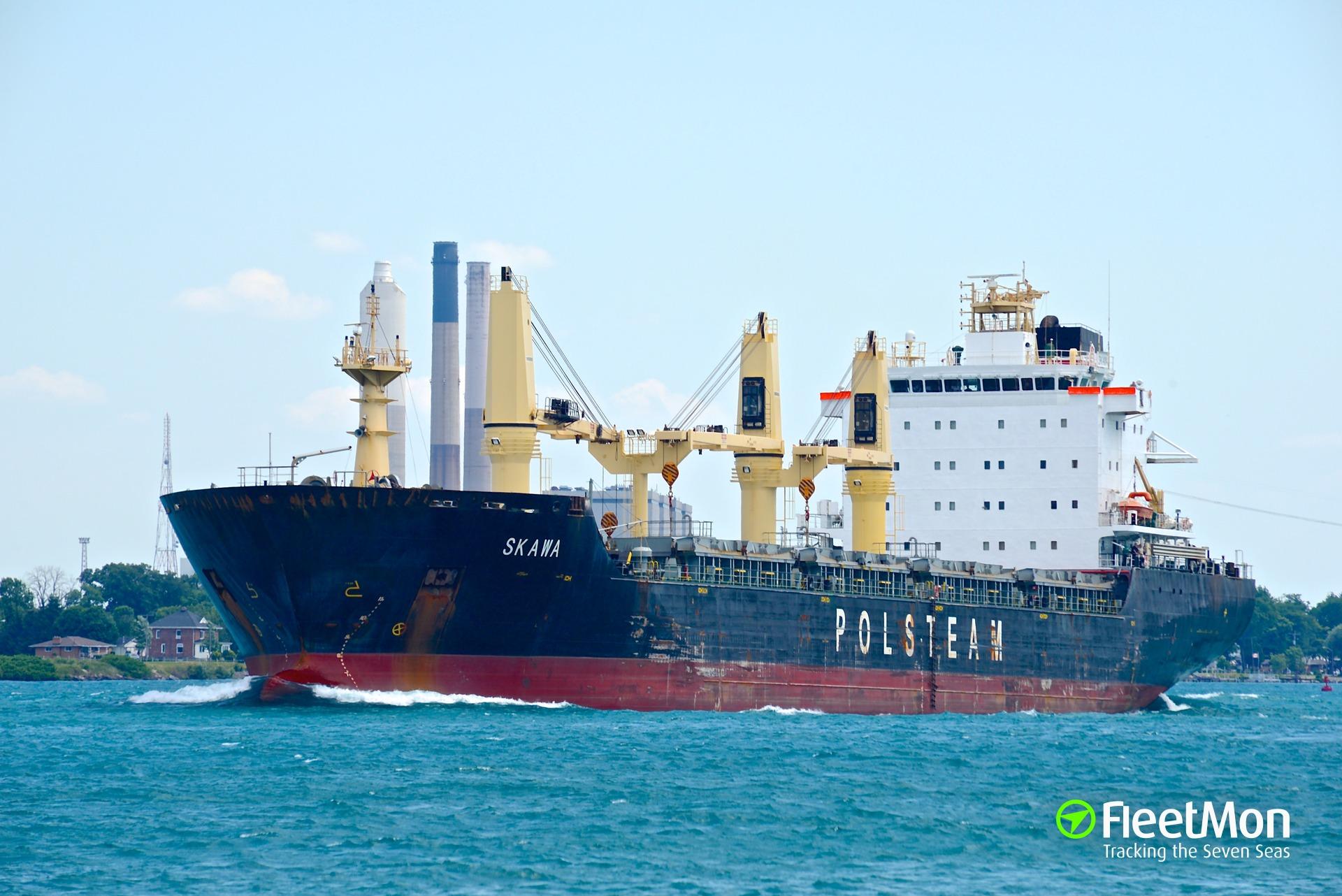 Bulk carrier Skawa holed