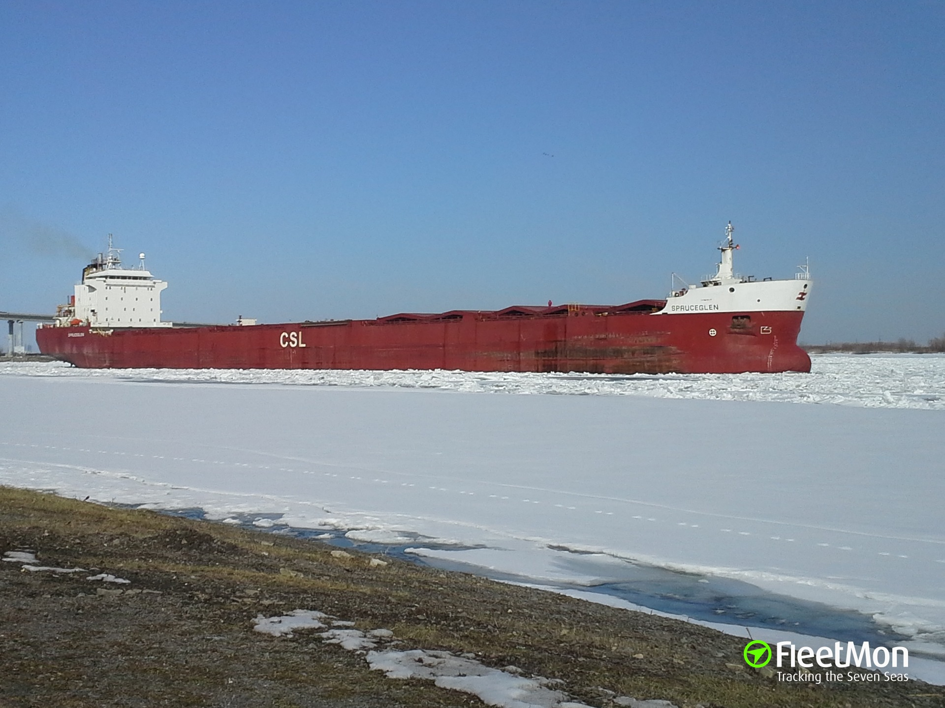 Laker Spruceglen aground and refloated, Great Lakes