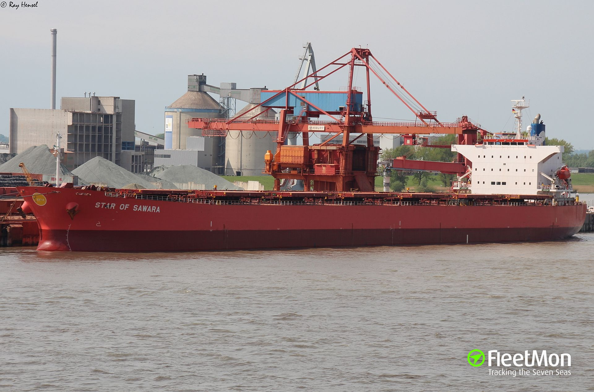 Japanese Panamax aground in Baltic off German coast