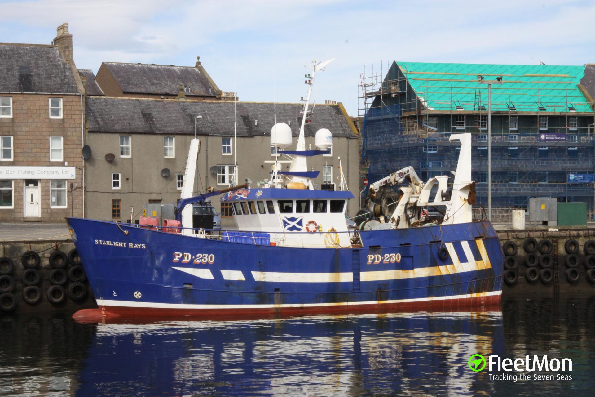 Fishing vessel STARLIGHT RAYS managed to stop water ingress