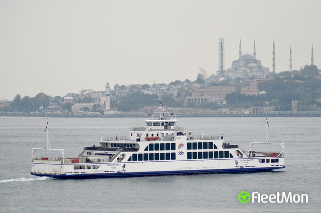 //photos.fleetmon.com/vessels/sultanahmet_9415519_2676997_Large.jpg