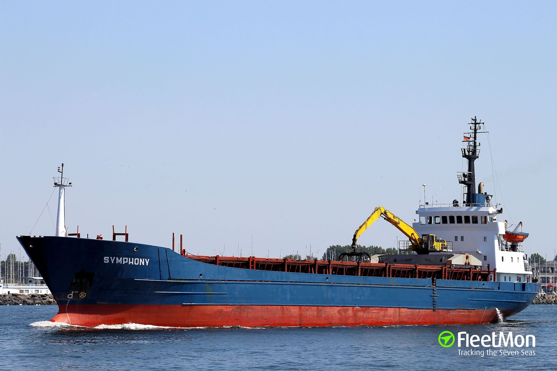 Freighter Symphony damaged port constructions, Master facing jail