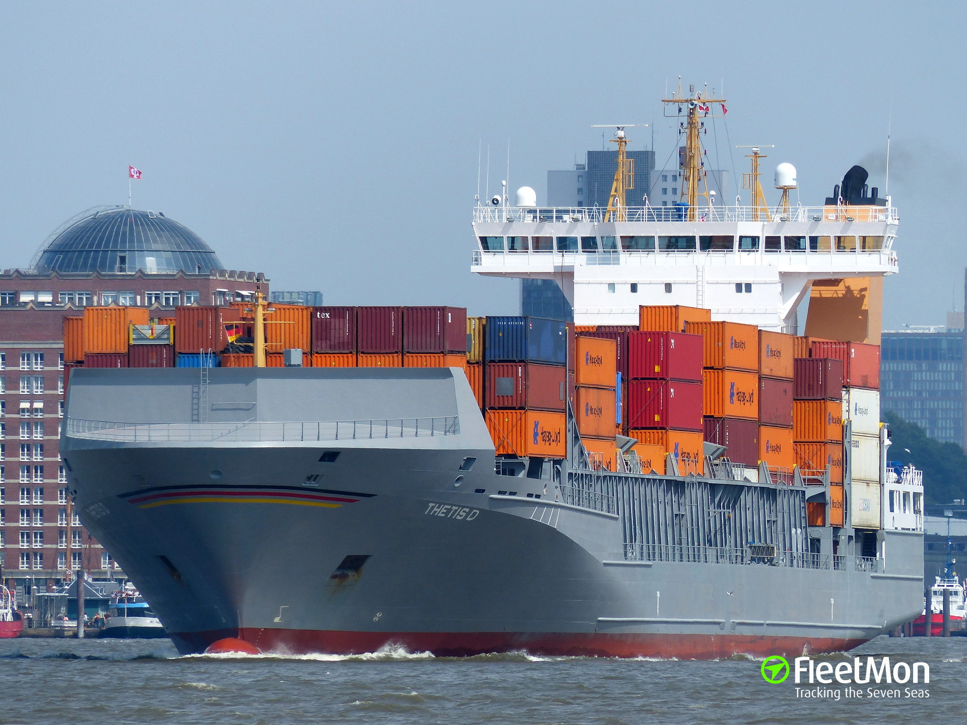 Container ship THETIS D lost 16 containers