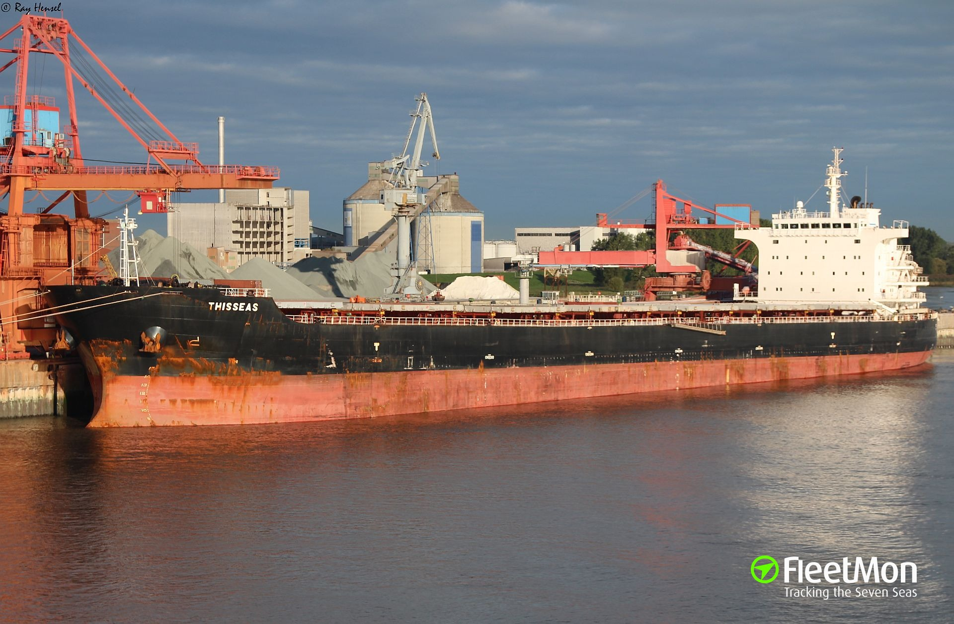 THESSEAS ordered to sail to Brest, pollution suspect
