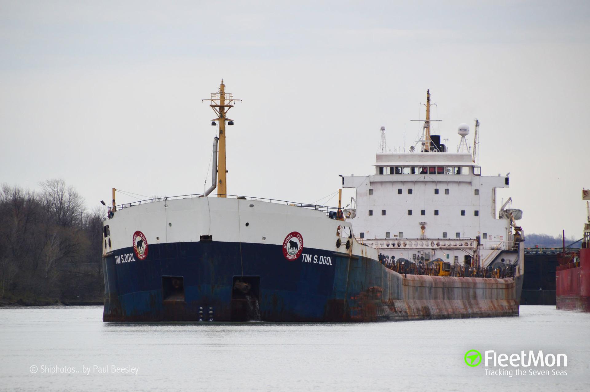 Bulk carrier TOMAS S DOOL disabled, Great Lakes