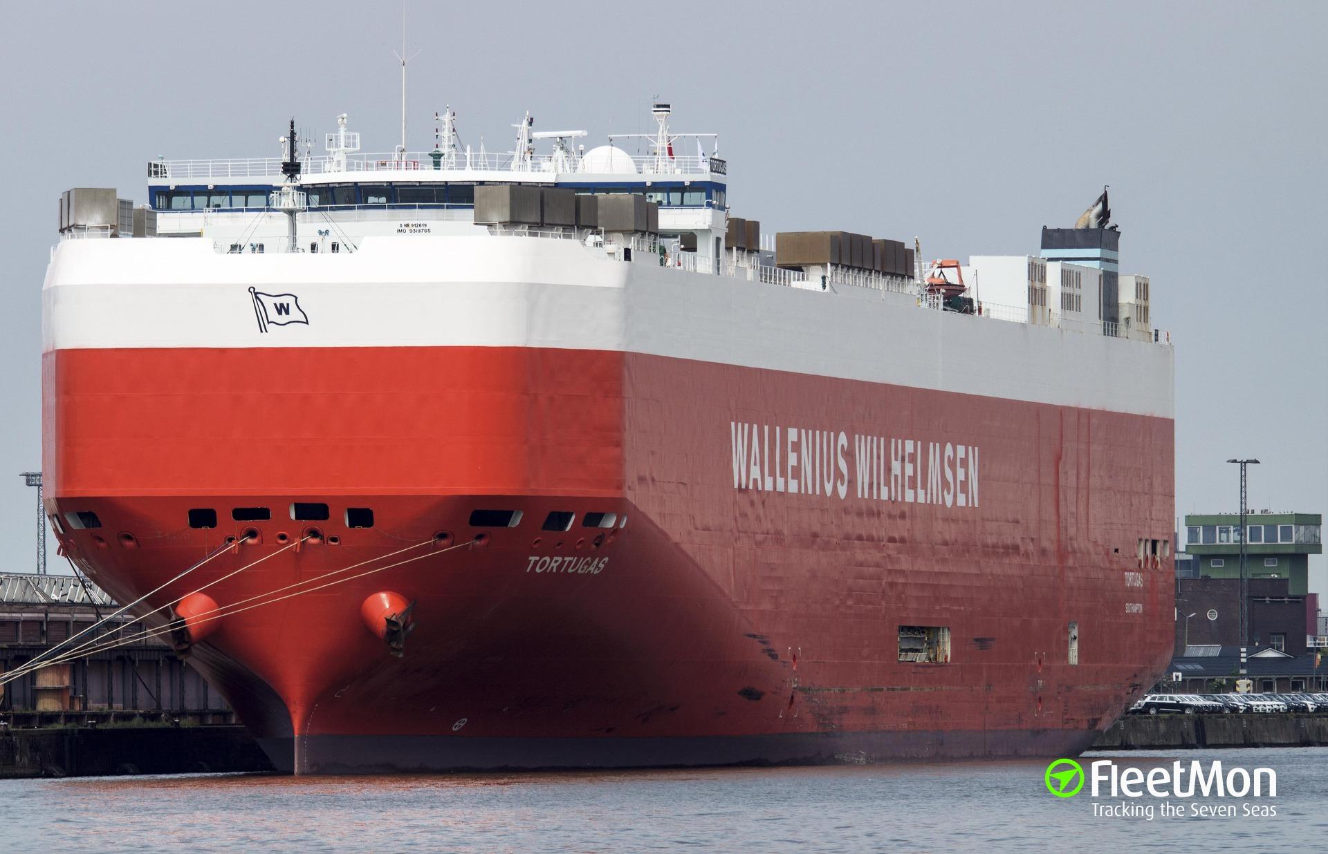 Car carrier Tortugas engine failure