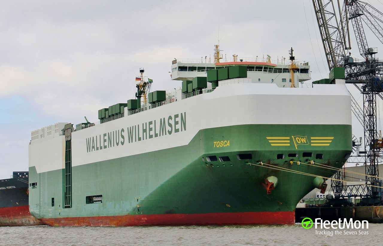 Car carrier TOSCA 14 out of 25 crew poisoned