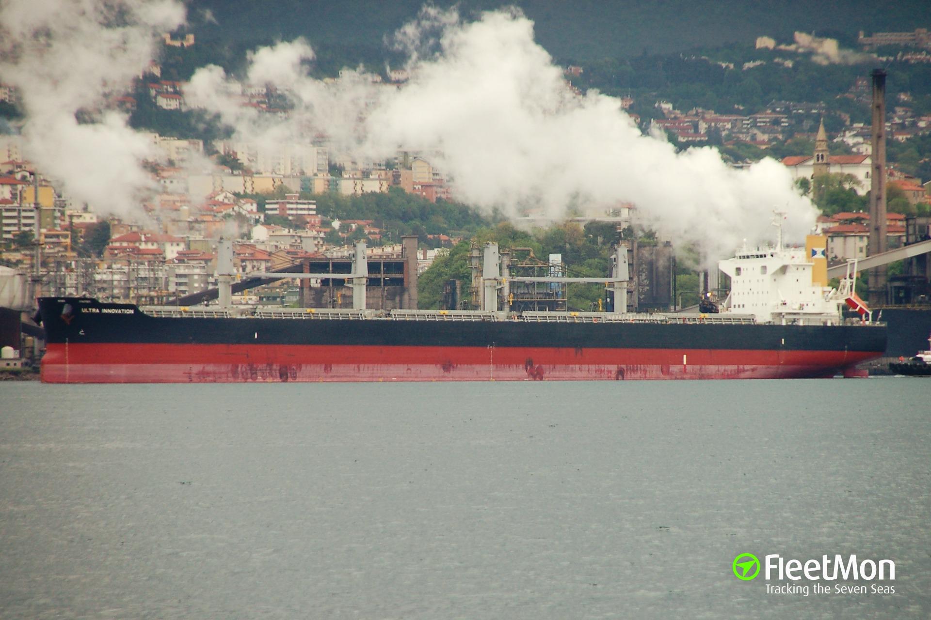 Japanese bulk carrier with phosphate arrested in Panama, Polisario strikes again