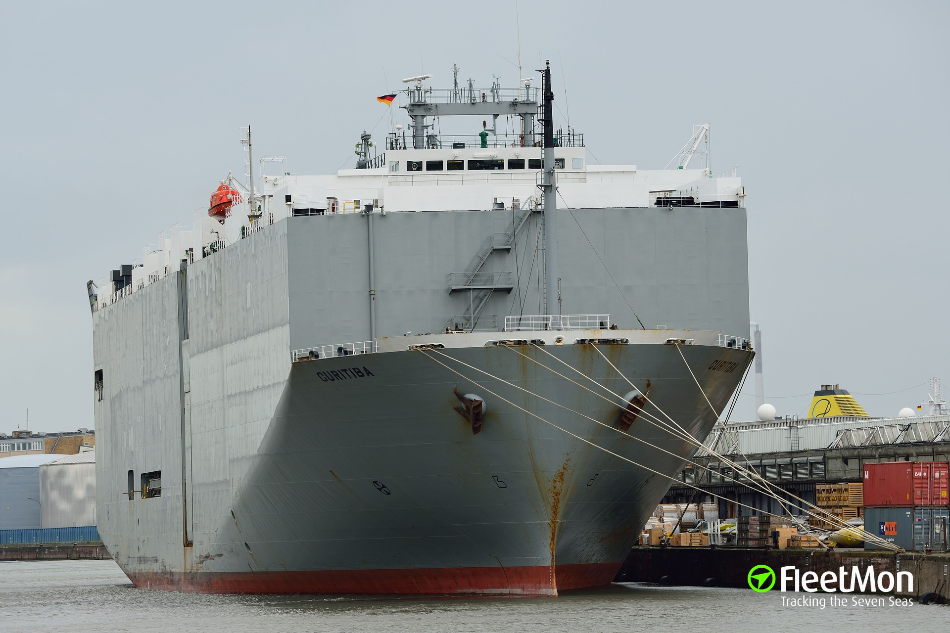 VAN IRIS Vehicle carrier IMO 9078220