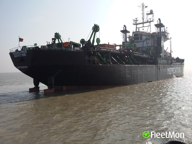 Hopper dredger aground, India