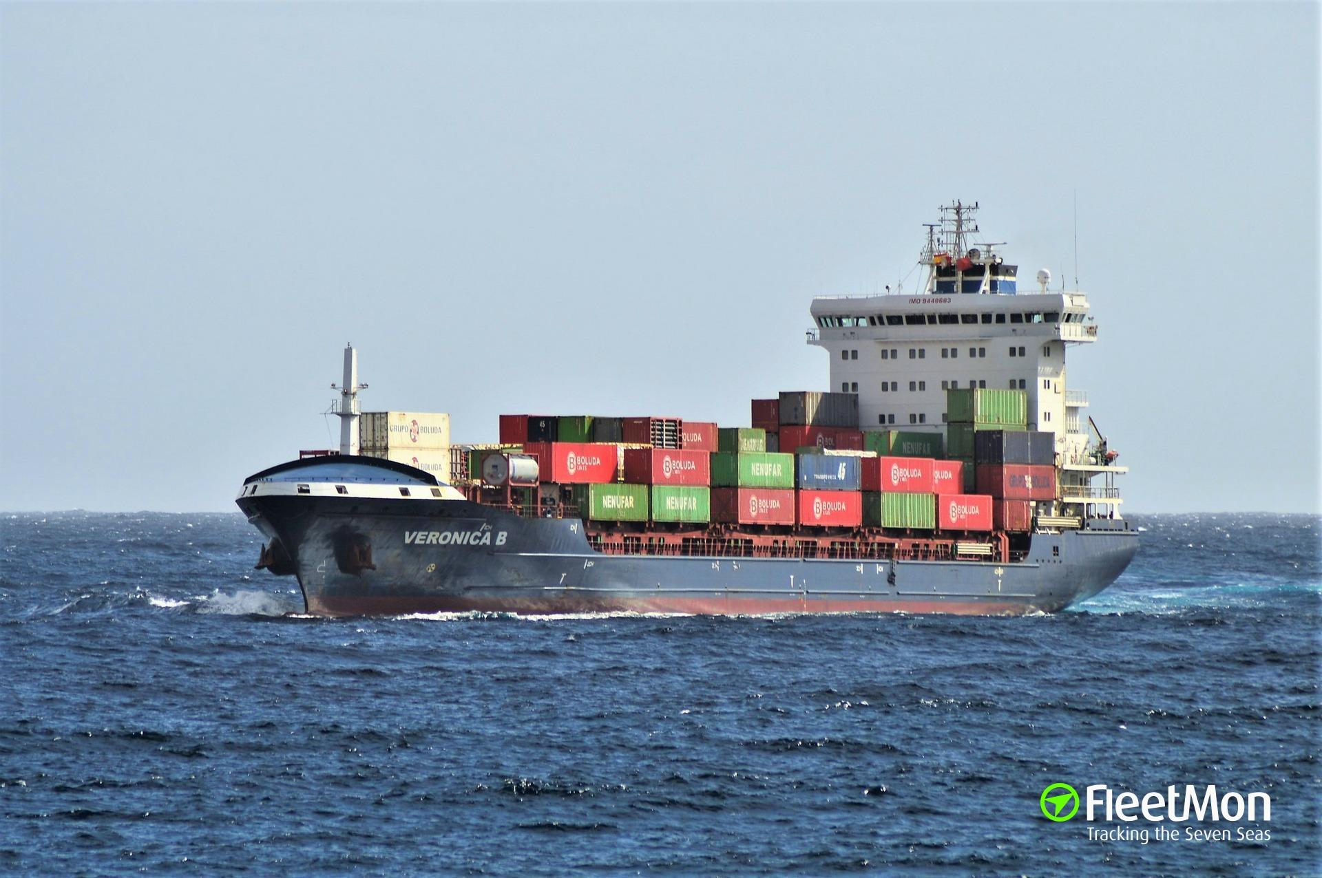 Bulk carrier Double Progress contacted container ship E.R. Turku, Port Klang