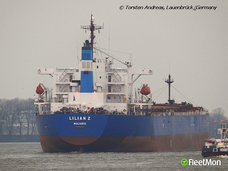 Bulk carrier DST OSLO finally docked