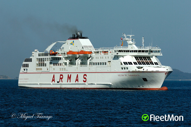 Ferries collision in Canaries waters, VIDEO