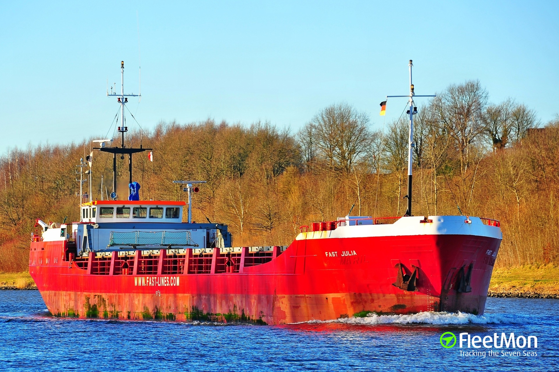 General cargo vessel Fast Julia grounding