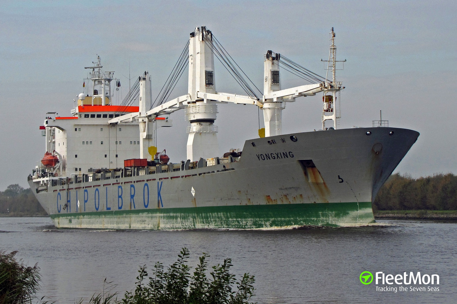 Chinese-Polish freighter Yongxing attacked in Gulf of Aden