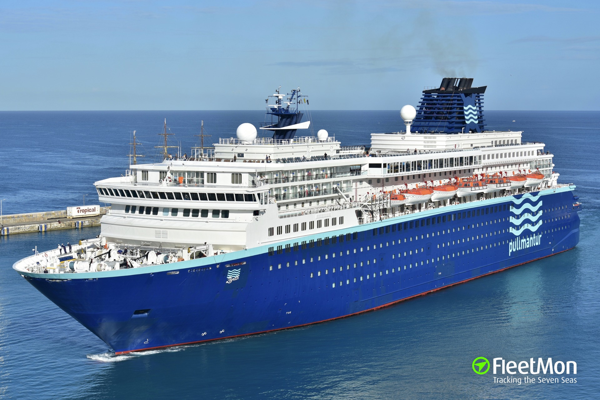Fire in engine room of cruise liner Zenith off Venice
