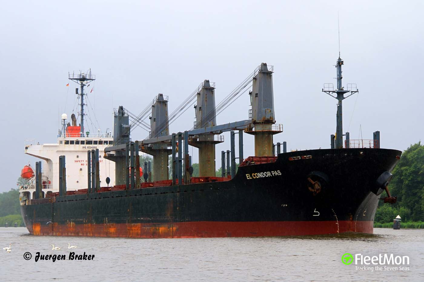 Bulk carrier El Condor Pas detained after engine failure in Kiel Canal